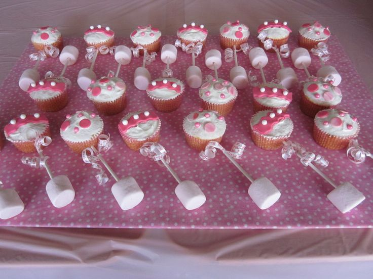 Baby Rattle Cake Decoration : The 25+ best Baby rattle cupcakes ideas on Pinterest ...