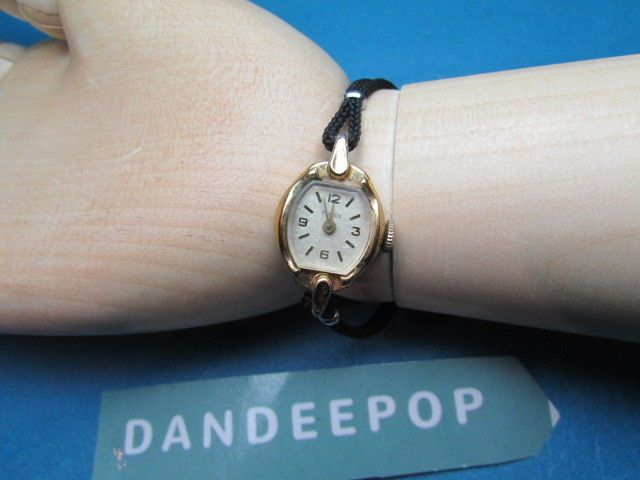 Vintage Timex Watch Face Gold Tone With Stainless Steel Back Jewelry #Timex #watch #watchface #vintage #jewelry #dandeepop Find me at dandeepop.com