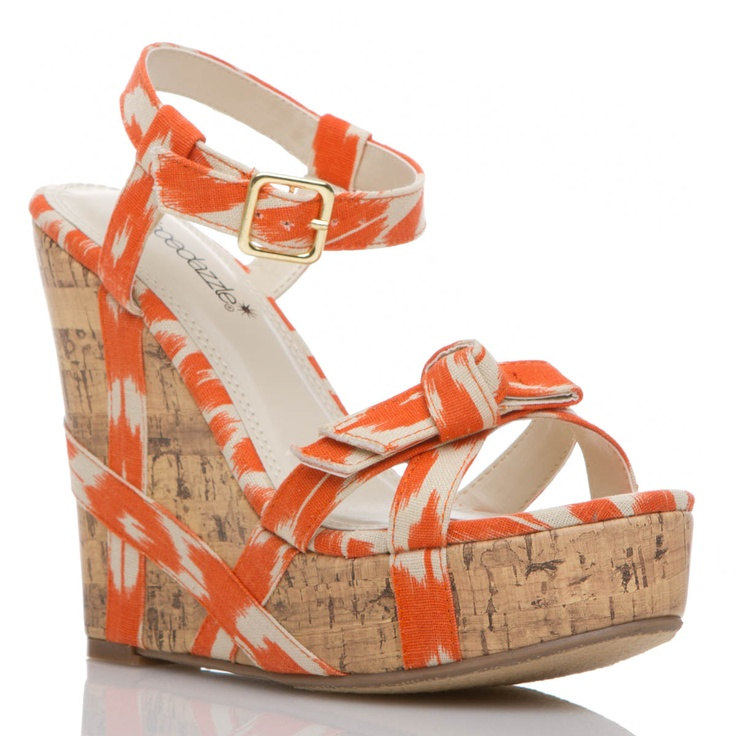 Fun Shoedazzle Wedges.  Just when I think I'm over the shoe of the month club. Spring comes around and sucks me back in.