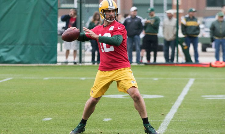 Packers Aaron Rodgers says he is on the back nine of his career = Green Bay Packers quarterback Aaron Rodgers has become one of the best signal callers in the league today — if not one of the best of all time. However, the aging Rodgers understands that.....