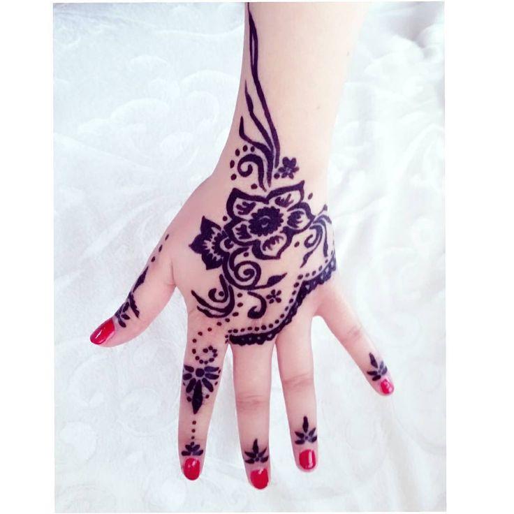 """#hennadesign #henna #hintkinasi #hintkina #mehandi #kassel #kasselcity #mutluolmakiçinküçükşeyler"""
