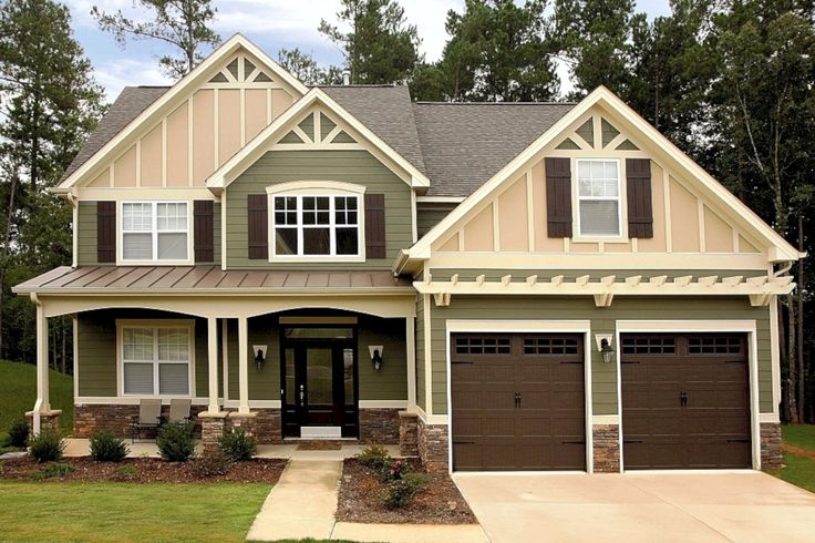 Nice 57 Exterior Paint Colors For House With Brown Roof. More at https://trendecor.co/2017/10/28/57-exterior-paint-colors-house-brown-roof/