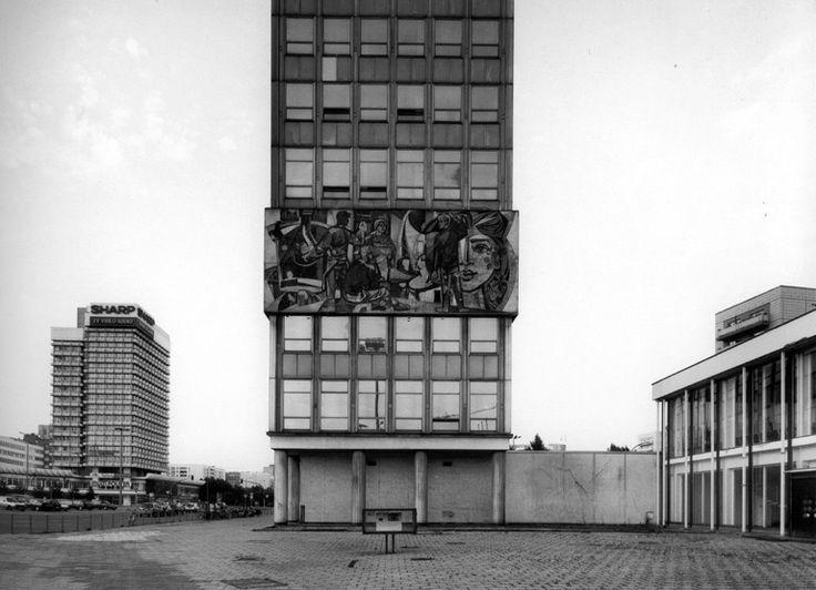 Grunerstrasse, Berlin, 2002. By Gabriele Basilico