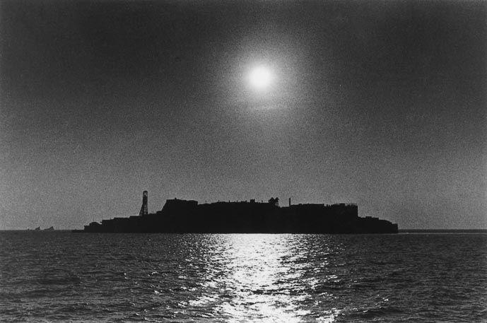 "Ikko NARAHARA :: Island without Green―Gunkanjima: Views of Gunkanjima from ""Human Land″, 1954-57"