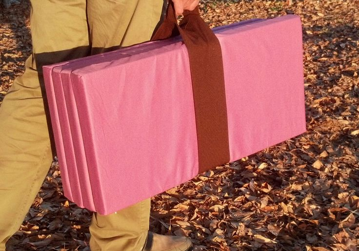 Big Kid Sleep Mat, in Pink. Finally, a comfortable sleep mat for my child! By far the most comfortable nap mat on the market. A real mattress that provides real support and comfort unlike other naps mats, which are basically a sleeping bag. Also becomes a bench when folded. Great for sleepovers, camping, hotels, grandma´s... Removable and washable cover too!