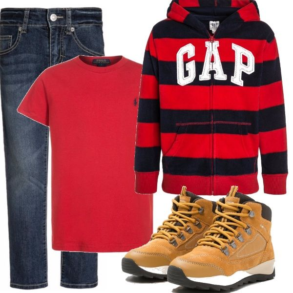Per un pomeriggio particolare quale può essere una festa di compleanno di un amichetto un Jeans blue con maglia rossa a maniche corte. La felpa a righe rosse e nere con scritta e scarponcini di pelle color cammello.