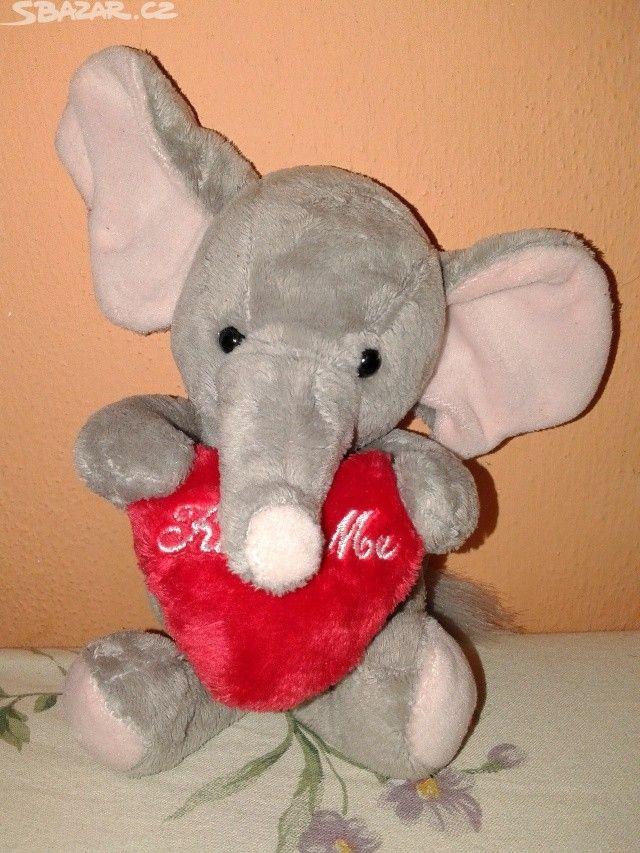 Plyšový slon se srdíčkem a nápisem polib - obrázek číslo 1