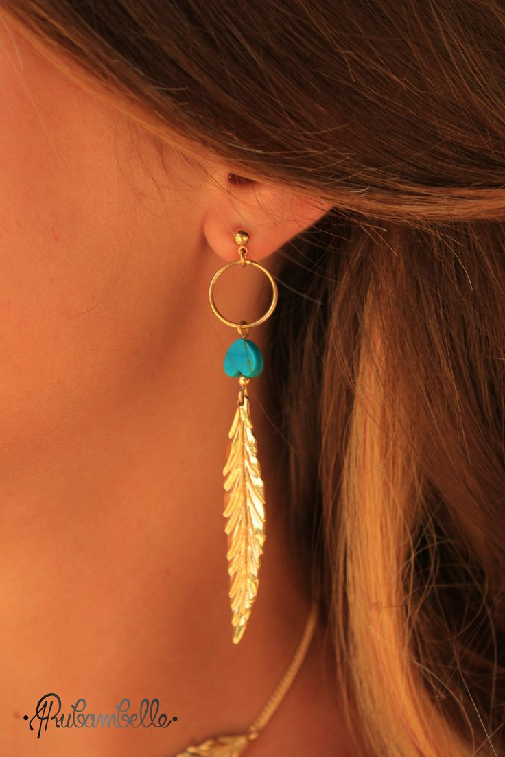 Collection Plumes ➡ BOUCLES D'OREILLE PLUMES Turquoises via Rubambelle.