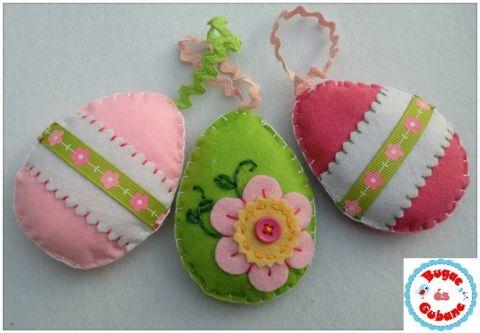 Húsvéti filc tojások zöld és rózsaszínek, Húsvéti apróságok, Dekoráció, Otthon, lakberendezés, Ünnepi dekoráció, Varrás, Meska