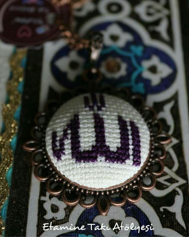 https://www.instagram.com/etaminetakiatolyesi/ #etaminkolye #kanaviçekolye #crossstitch #crossstichnecklace