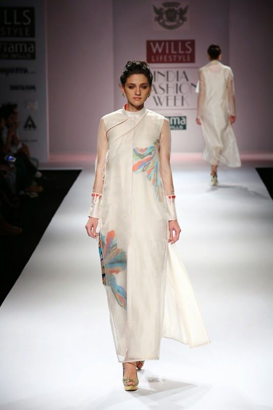 Fashion: Rajputana by Samant Chauhan Collection at Wills Lifestyle India Fashion Week 15