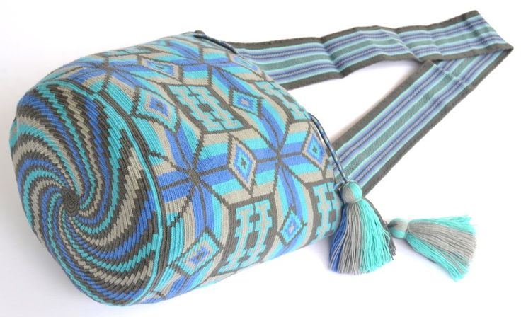 AUTHENTIC MOCHILA WAYUU / LARGE SIZE / FINEST QUALITY / HANDMADE CROSS BODY BAG #Handmade #ShoulderBag