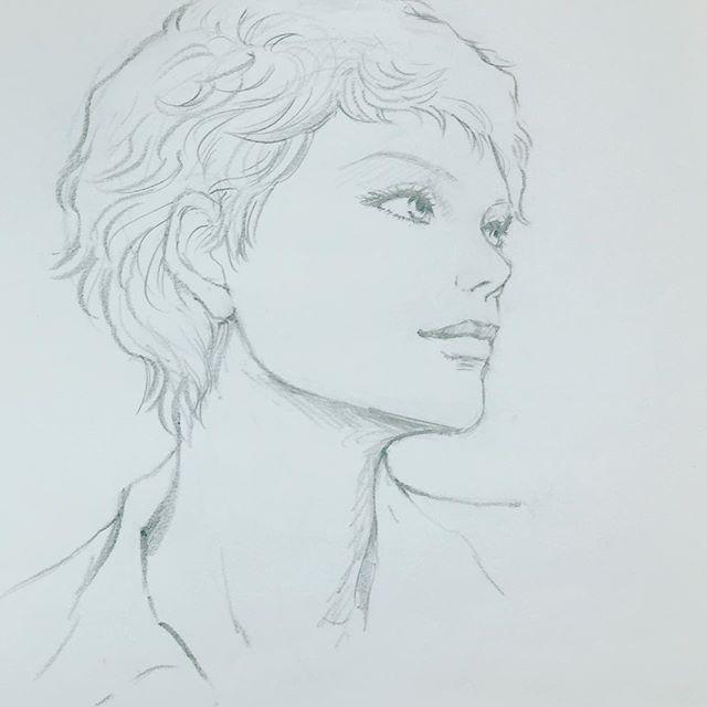 教室の生徒さんたち着々と仕上げていくので横で私もお絵かきをば。 少年のこのツンとした感じ好きです〜💖 #美少年 #イラストレーション #鉛筆#illustration #drawing #お絵かき#もと #もとpfukudamotoko2016/12/24 16:10:19