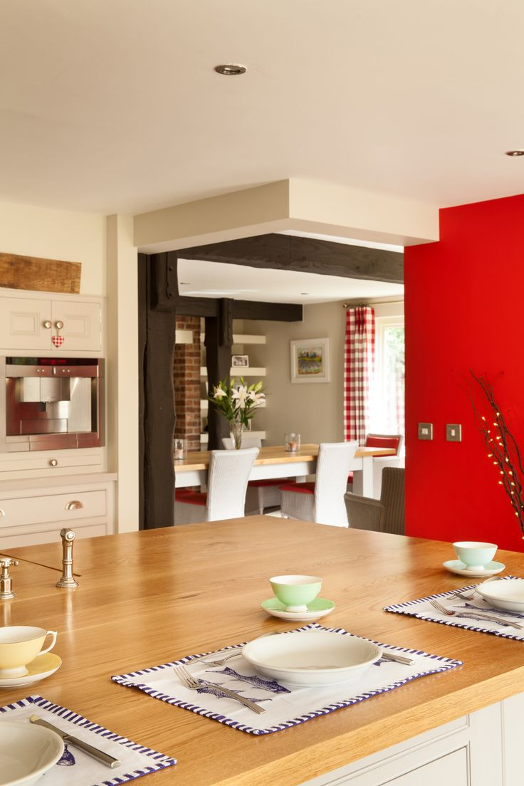 Perfect for socialising: the open-plan layout of this kitchen creates an ideal space to socialise with friends and family and is sure to be the focal point of any party.