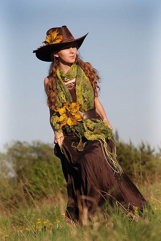 Купить Fiore del Sole - валяный шарф, валяный шарфик, подсолнух, зелёный, шерсть меринос
