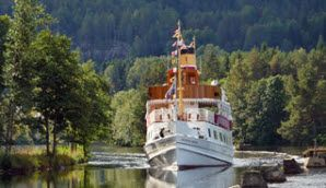 Ta en tur med kanalbåten MS Henrik Ibsen längs Telemarkskanalen, Norge - Foto: Jørgen Kasin
