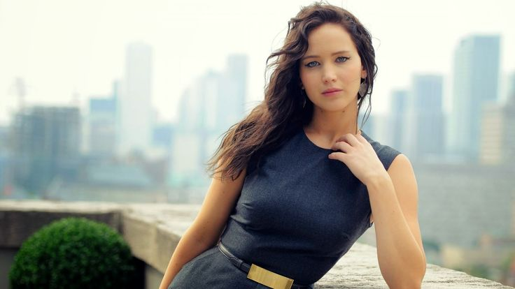 Joury Blog: Jennifer Lawrence from Hunger Games atmosphere int...
