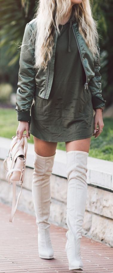 fall outfit ideas / olive dress and jacket