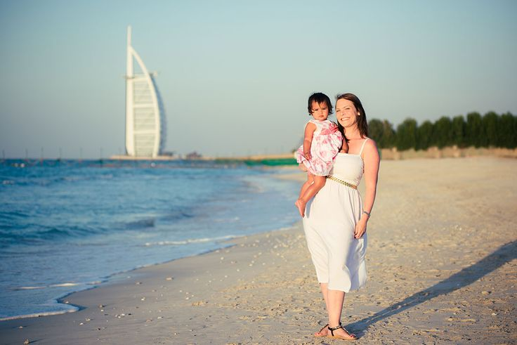 Dubai family portrait gemma lovett hume photography