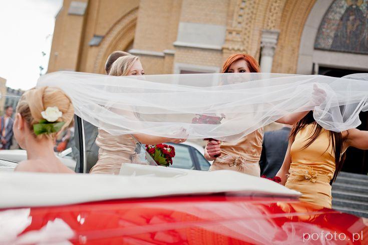 Joanna + Tomasz / reportaż ślubny • POFOTO.pl • fotografia ślubna, reportaż fotograficzny, reportaż ślubny, fotografia okolicznościowa, fotografia ślubna, młoda para, reportaż ślubny, zdjęcia kościół, zdjęcia ślubne łódź