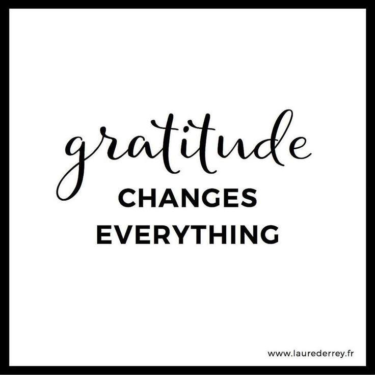 "Sunday Quote ! ""Gratitude changes everything"" #entrepreneurship #livingmydream #hardwork #wonderfulclients #lovemyjob #friendsandfamilysupport #happygirl"