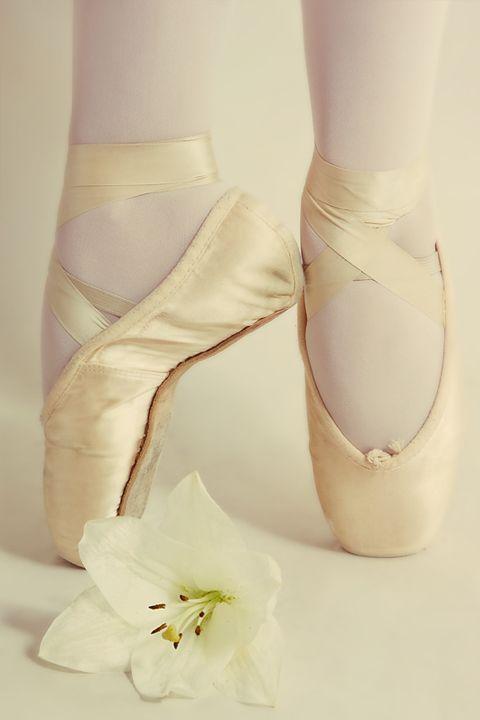 I STILL want to be a ballerina when i grow up