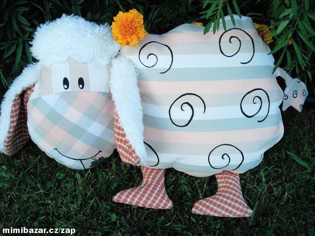jednoducha a krasna: Ovečka polštářek
