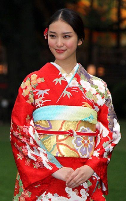 武井咲, Emi Takei