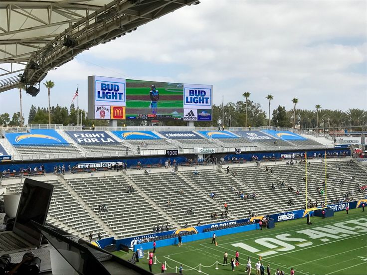 Chargers Covering Up Seats in StubHub Center  https://twitter.com/lesbowen/status/914559768051687424 Submitted October 01 2017 at 02:52PM by masontyler908 via reddit http://ift.tt/2keDqqL