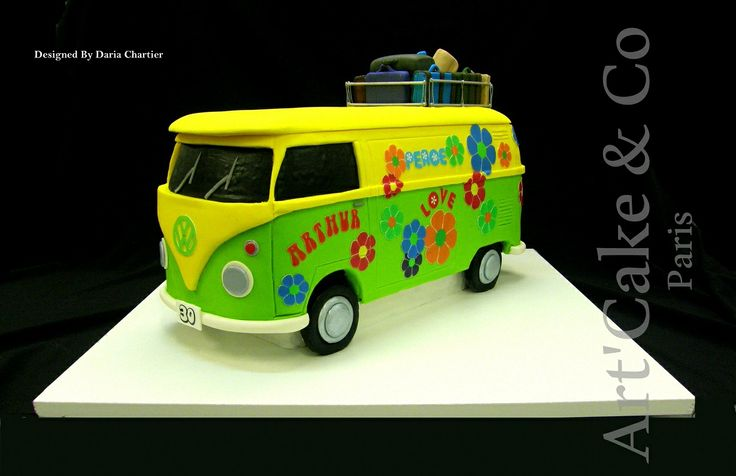Combi flower power van