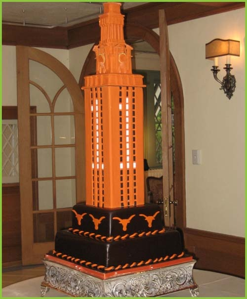 Google Image Result for http://happyweddingwishes.com/wp-content/uploads/2011/12/Perfect-Austin-Wedding-Cakes4.jpg