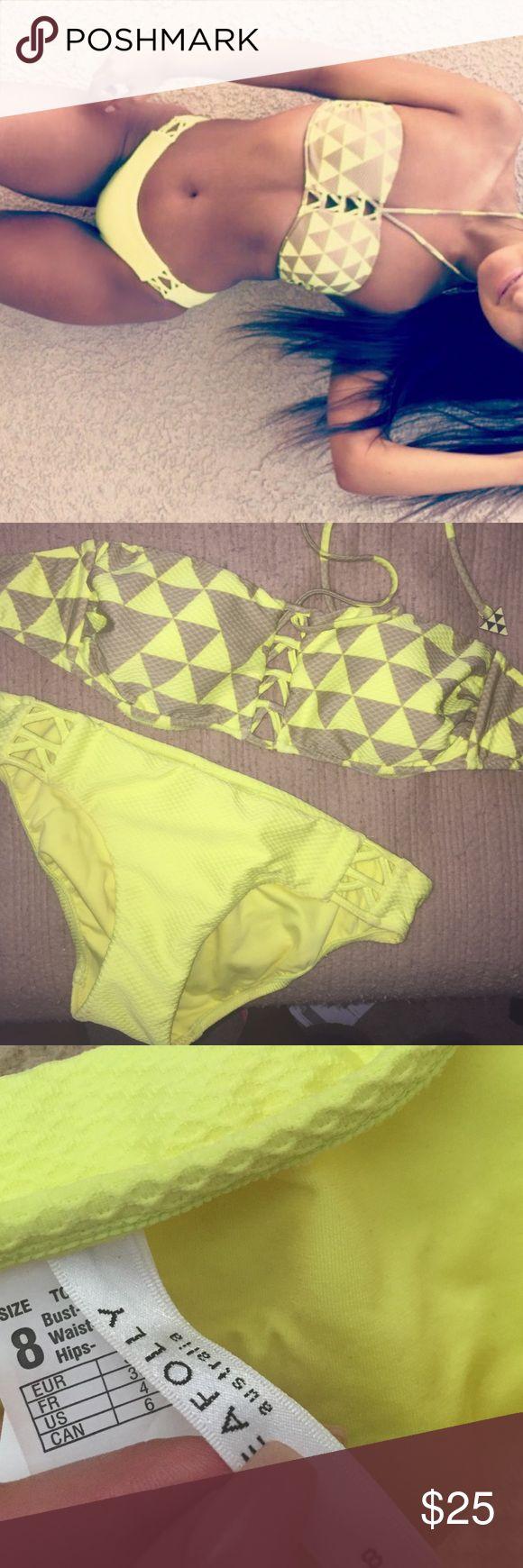 Seafolly Bikini Bottoms w/ Cutouts has little cutout/crisscross style on sides. full coverage bottoms. worn twice x Seafolly Swim Bikinis