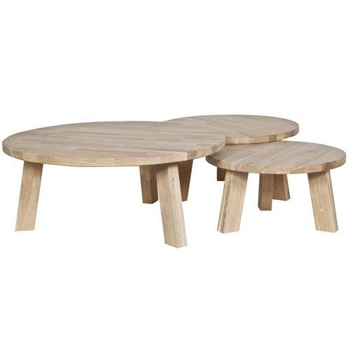 De Woood Rhonda Bijzettafel is een prachtig tafeltje, gemaakt van hout. Een ideaal meubel voor bij de bank of de fauteuil. Het ronde model zorgt voor een warme, knusse uitstraling. Prachtig in combinatie met vazen, kaarsen of een dienblad met servies.