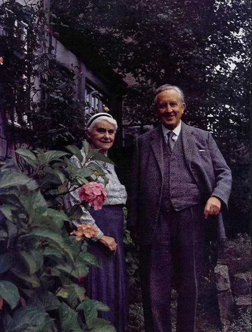 Edith + JRR Tolkien, Their love story was the inspiration for the Epic story of Beren and Lúthien. <3 <3 <3