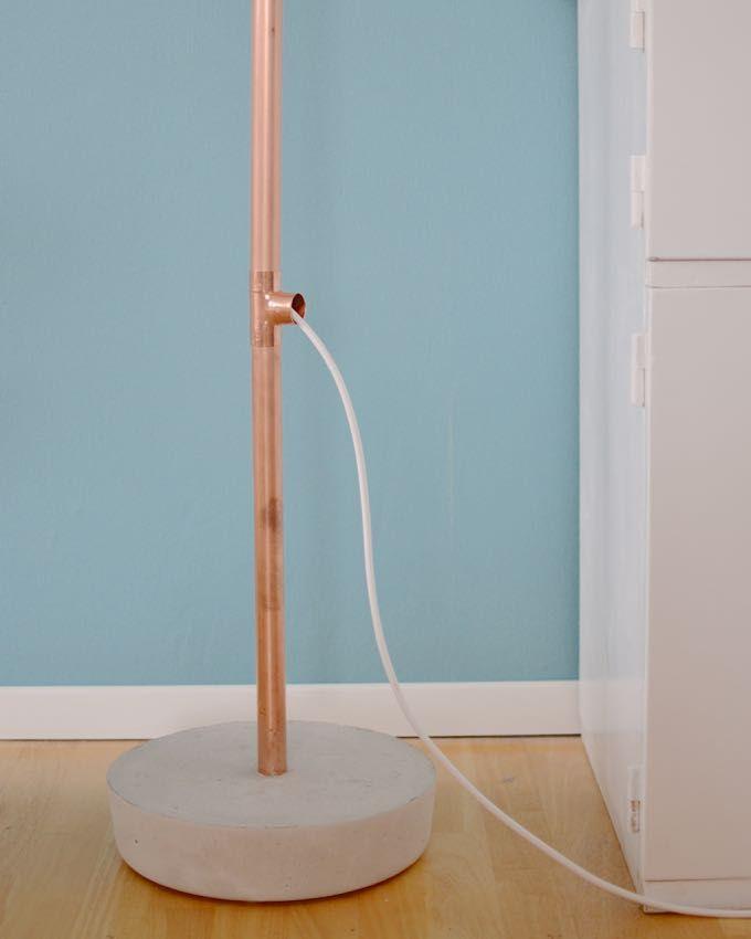 DIY-Stehleuchte aus Kupfer und Beton /// DIY lamp with concrete and copper