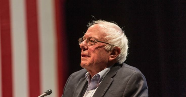 Five U.S. lawmakers, including Sen. Bernie Sanders (I-Vt.), on Thursday published an open letter (pdf) urging President Barack Obama to order an environmental and cultural review of the Dakota Access Pipeline before construction can continue, calling it an imperative measure for Indigenous rights and the climate.