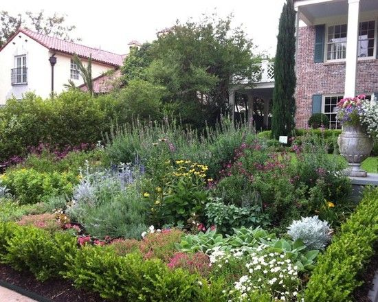 Native garden design ideas texas native landscape design for Front yard plant ideas