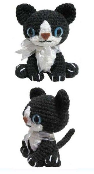 FREE Little Kitty Cat Amigurumi Crochet Pattern and Tutorial