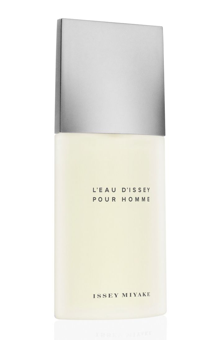 G to try. L'Eau d'Issey Pour Homme Issey Miyake cologne - a fragrance for men 1994. L'Eau d'Issey for Men is a woody aquatic fragrance with yuzu as in top notes, along with notes of bergamot, lemon and tarragon. A middle note is spicy and woody: nutmeg and water lily are an exciting and unexpected accord in this composition. An end note carries an intense woody scent which is sharp and enriched with tobacco,sandalwood, cedar, vetiver and musk. It was created by Jacques Cavallier in 1994.