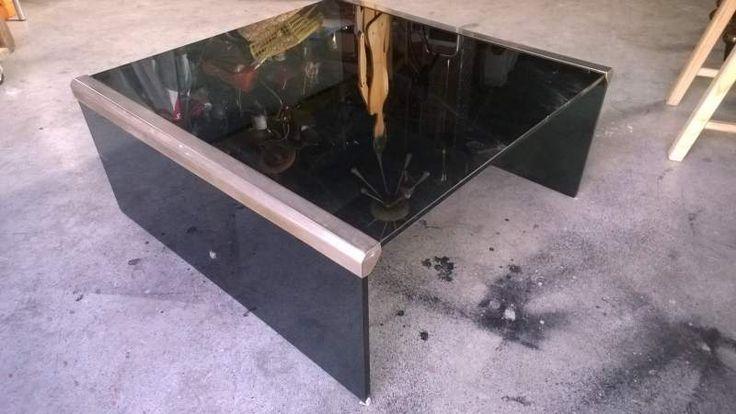 Tavolino da salotto in vetro