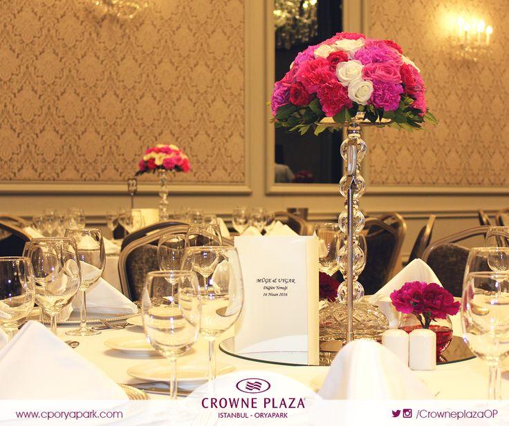 Crowne Plaza Oryapark ailesi olarak Müge ve Uygar çiftine bu mutlu günlerinde bizi tercih ettikleri için teşekkür eder, bir ömür boyu mutluluklar dileriz. :) #cporyapark   #crowneplazaoryapark   #crowneplaza   #düğün   #masasüsleme   #düğünmekanı   #sandalyesüsleme   #düğünmasası   #düğünyemeği   #gelin   #damat