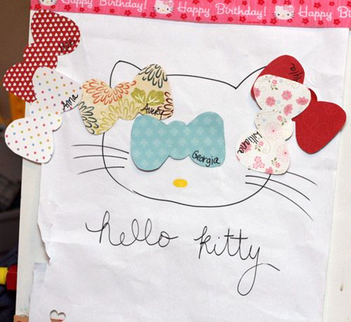 Pin the bow on hello kitty! And you can even decorate the bows!