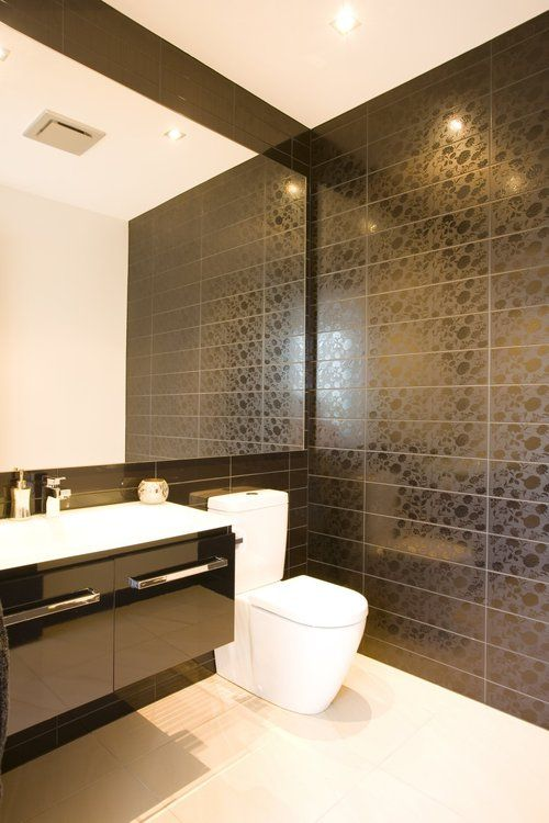 contemporary house modern luxury bathroom black mirror lights luxuriousmodernbathroom