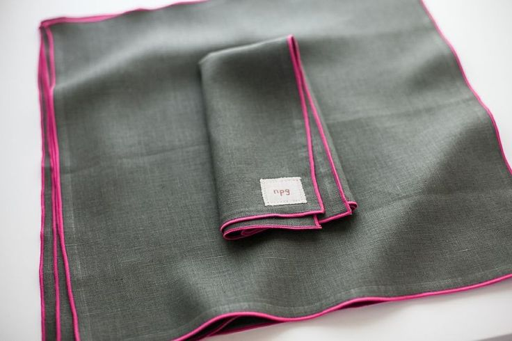 traditional napkins | classic collection, fog with pink trim