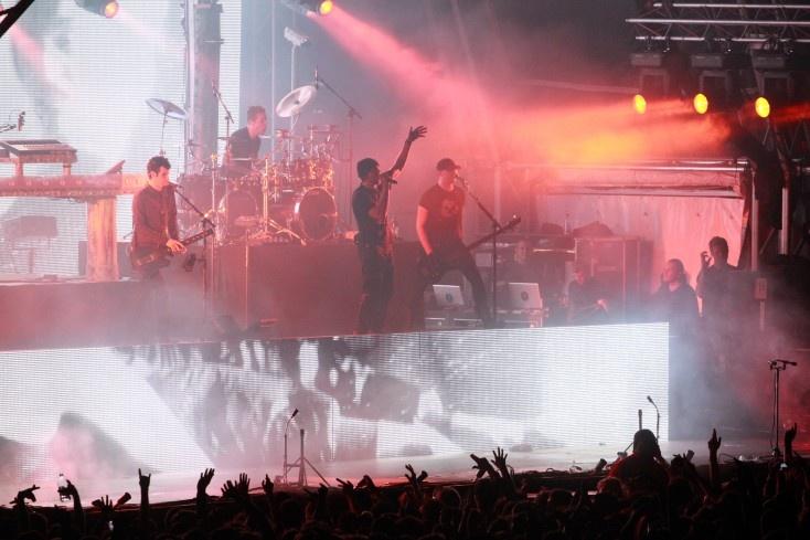 2011 - Pendulum