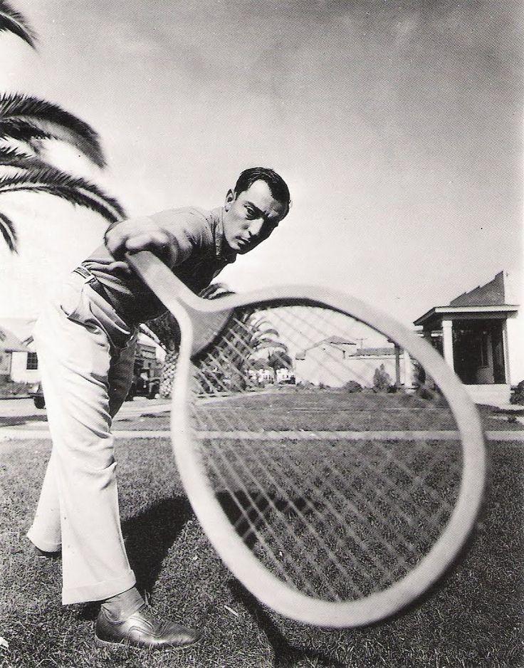 Buster Keaton: Busterkeaton, Tennis Racket, Inspiration, Classic Idol, Amazing Faces, Buster Keatoni, Classic Hollywood, Amazing People, Schools Tennis
