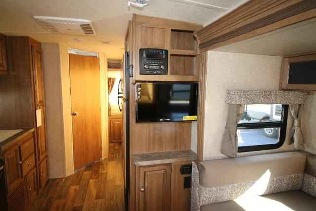 2016 New Forest River Rockwood Roo 233S Travel Trailer in Pennsylvania PA