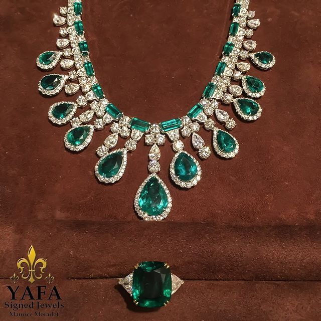 Sunday vibes with green with envy over one of a kind emerald & diamond necklace with a stunning emerald ring! Available for viewing at #YafaSignedJewels by appointment! #finejewelry #luxury #thebest #forsale #sparkle #diamond #investment #love #chic #style #loveit #hautejoaillerie #emerald #diamond #vintage #sighnedjewels #vintagejewels #newyork