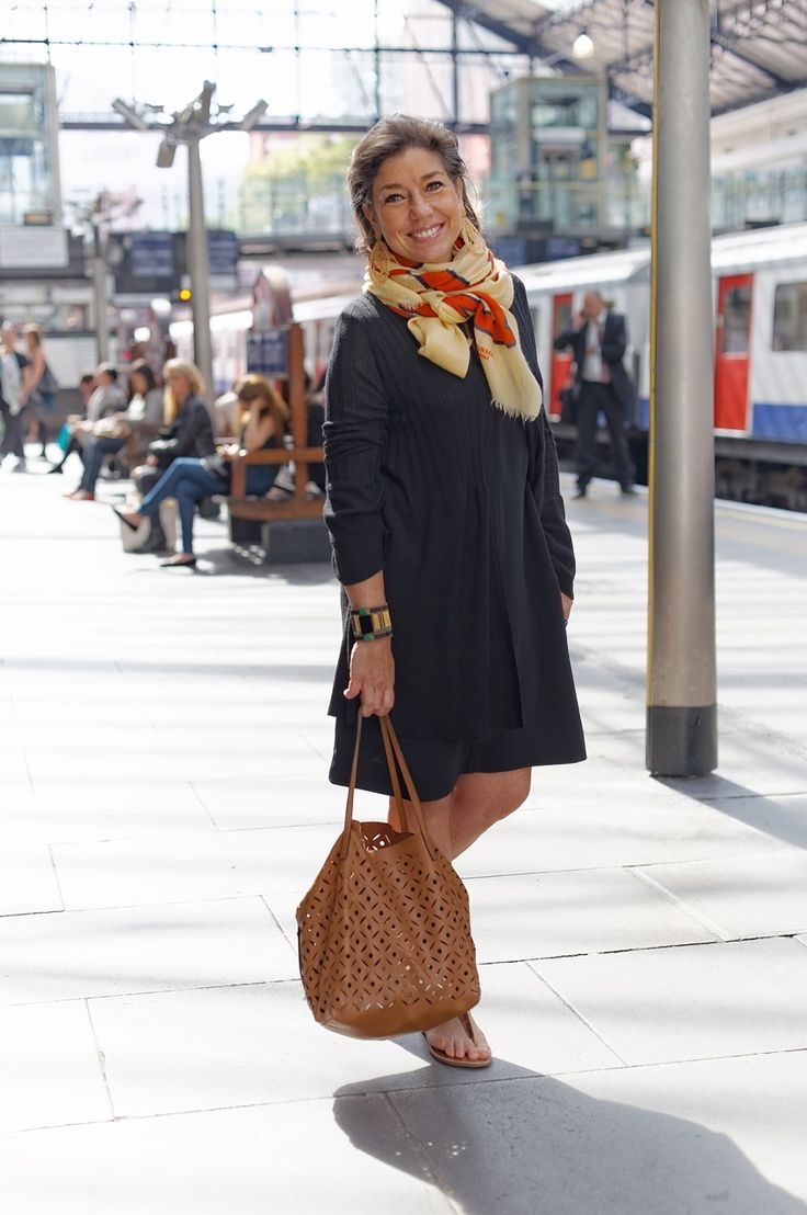 moda   estilo   afins   Consuelo Blocker
