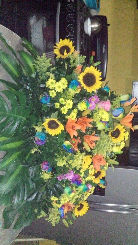 Arreglo de flores naturales multicolor jubilacion - Arreglo de flores naturales ...